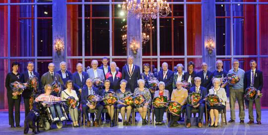 Tekstschrijver May-lisa de Laat schreef i.o.v. de gemeente Katwijk de speeches voor de Lintjesregen